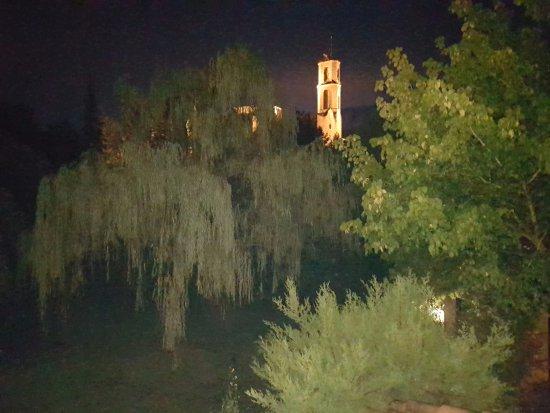 Mieres, İspanya: Vista desde el Jardin