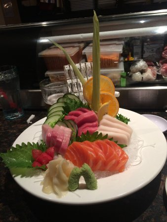 El Dorado Hills, CA: beautiful and delicious sashimi