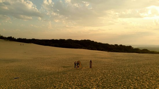 Rainbow Beach, Australia: Late afternoon at Carlo sandblow