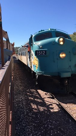 Verde Canyon Railroad: Engine turn-around at Perkinsville