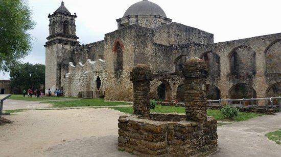 Mission San Jose: The church