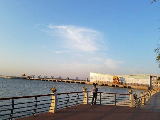 Wuhai, Cina: 黄河大坝