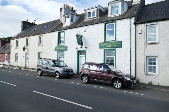 Cairnryan, UK: Easy Parking at The Merchants House
