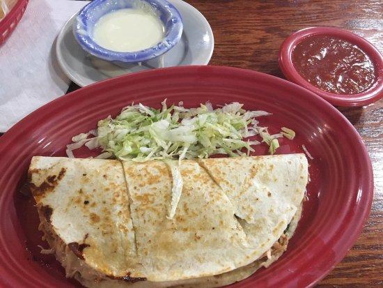 Stockbridge, GA: Spinach/chicken quesadilla good but salty