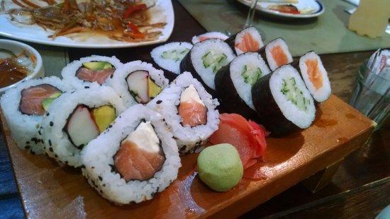 Comedor Nikkai: Makimono surtido