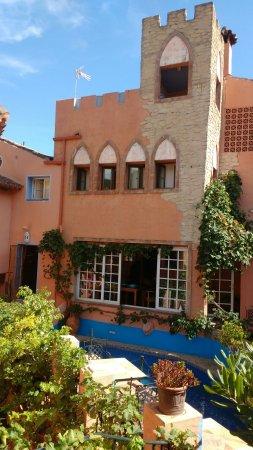 Benahavís, España: Unos de los pueblos más bonitos de Málaga. No te pierdas las pozas. Si vas en primavera o verano