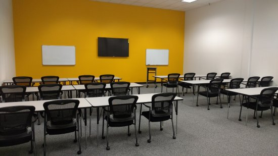 Monroeville, Πενσυλβάνια: Three conference rooms available for parties and corporate events.