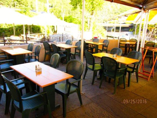 Brattleboro, VT: Another patio