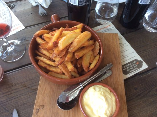 McLaren Vale, Austrália: Wood fired oven chips and aoli