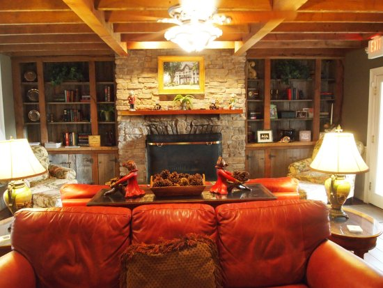 Milton, Кентукки: Richwood on the River family room