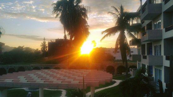 إل أميال هوتل آند ويلنيس سنتر: Ameyal Sunset