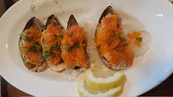 Love Boat Sushi: Baked Mussels