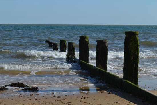 Frinton-On-Sea, UK: Safe bathing