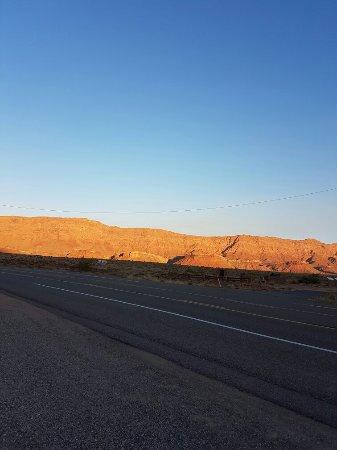 Marble Canyon Lodge: 20160916_180233_large.jpg