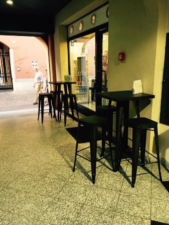 Vimercate, İtalya: B-Side Food
