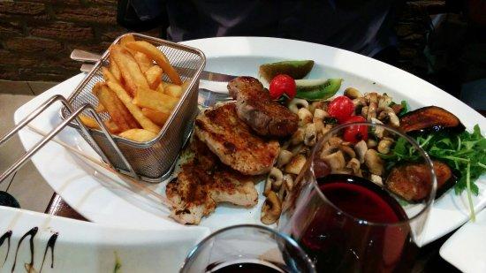 Adenau, Deutschland: Chicken