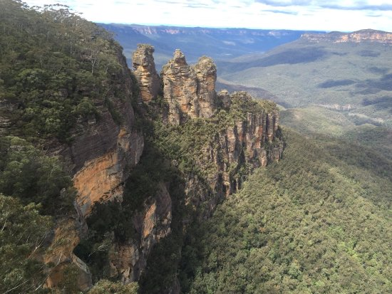 Katoomba, Australien: Spectacular views 😎 Very popular sight-seeing spot, great for memento photos.