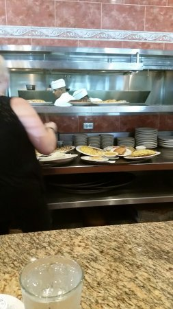 Orland Park, IL : Unexpected surprise, great food, quick service, large portions, want to try more, a gem.