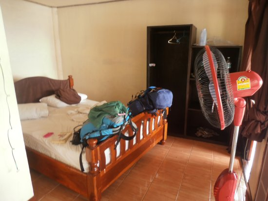 Taatoh Resort & Freedom Beach Resort: This photo does not justify the poor room condition.