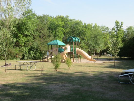 Brandon, SD: Playground and tent area