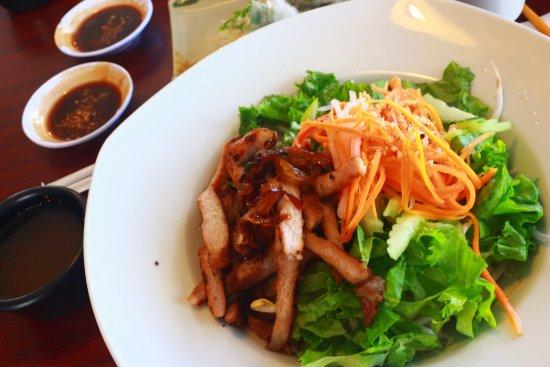 Indochine cafe asian restaurant 561 s hamilton rd in for Asian cuisine columbus ohio
