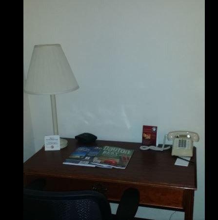 Fairborn, OH: Room 2