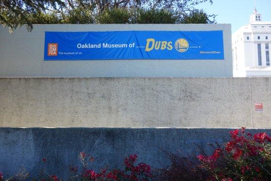 Oakland, Kaliforniya: Corner of the Sculpture Garden