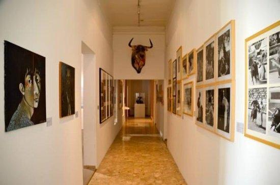 Bull Cultures Museum - Musée des cultures taurines
