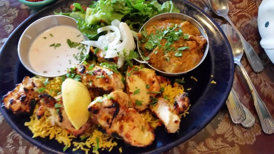 Yogurt Chicken Vegetable Korma Saffron Rice Salad Picture Of Taj Cafe Indian Cuisine Ventura Tripadvisor