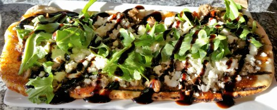 Malta, NY: Fig and goat cheese flatbread.