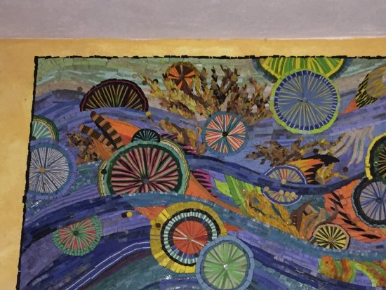 Mayan Beach Garden: Marcia's beautiful flip flop art.