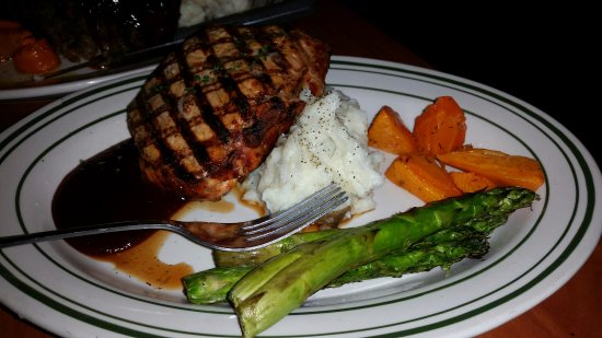 Creede, CO: Grilled pork chop, mashed potatoes and perfectly cooked veggies.