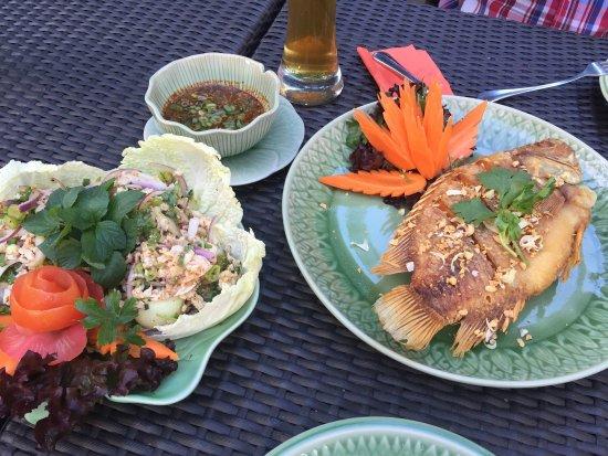 Gold Elephant Royal Thai Cuisine: photo0.jpg