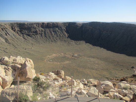 Winslow, AZ: cant fit the entire crater into the photo