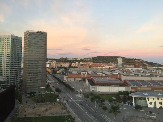 L'Hospitalet de Llobregat, Espagne : 11th floor view. (Ocean is off-camera to right.)