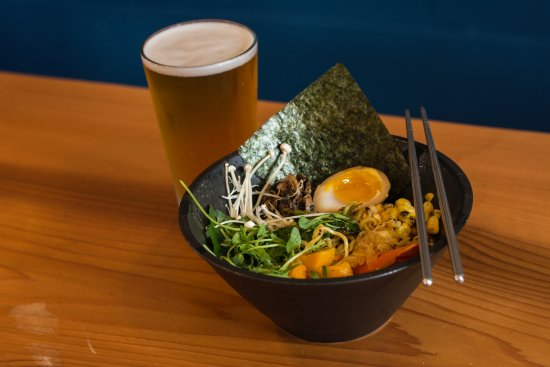 Nelson, Canadá: beer and ramen
