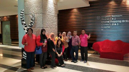 Subang Jaya, Malezja: 20160925_144258_large.jpg