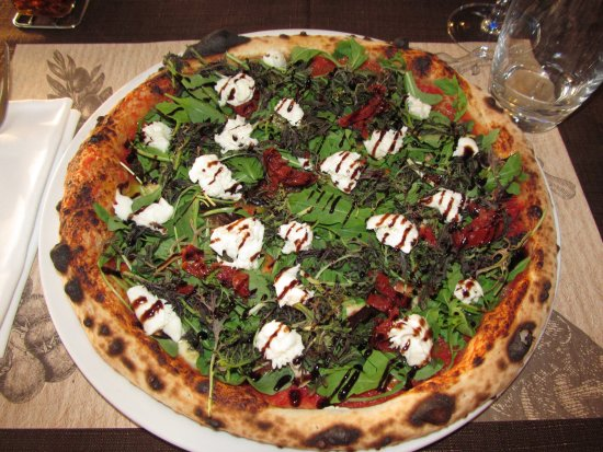 Chateau-d'Olonne, Francja: Pizza Buffala