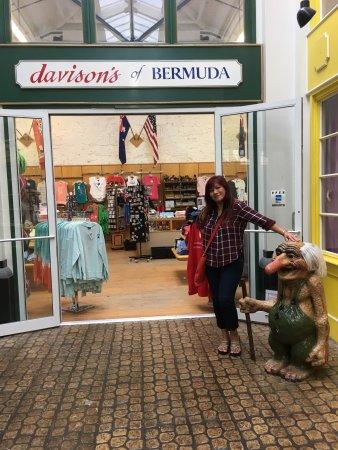Sandys Parish, Bermuda: Nice for Souvenirs shopping!!!