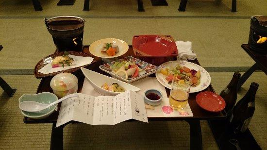 Minamiuonuma, ญี่ปุ่น: 美味しく量もしっかり。米もといごはんがおいしい。