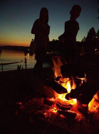 Ruciane-Nida, Польша: ognisko na plaży
