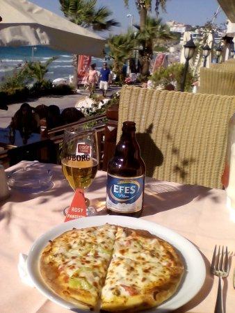 Rosy Otel: Пицца с морепродуктами