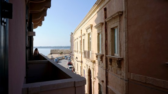 Hotel Livingston: La vista da una camera al primo piano