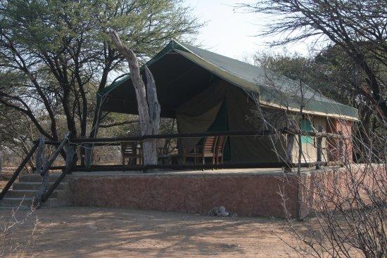 Ганзи, Ботсвана: Meru Tents