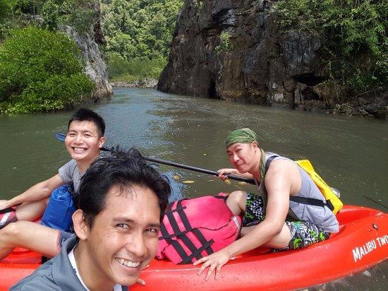 Pantai Cenang, Malaysia: Wefie with Hazril ;)