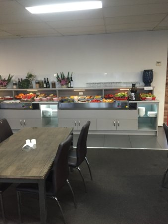 Raymond Terrace, Austrália: half of the buffet