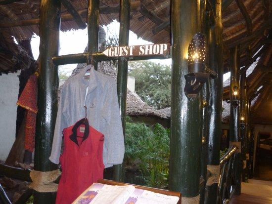 Lake Manyara National Park, Tanzanya: A guest shop