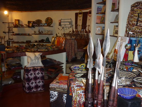 Lake Manyara National Park, Tanzanya: Hotel Gift Shop