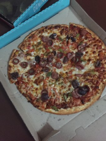 Raymond Terrace, Australien: Great pizza thin crust