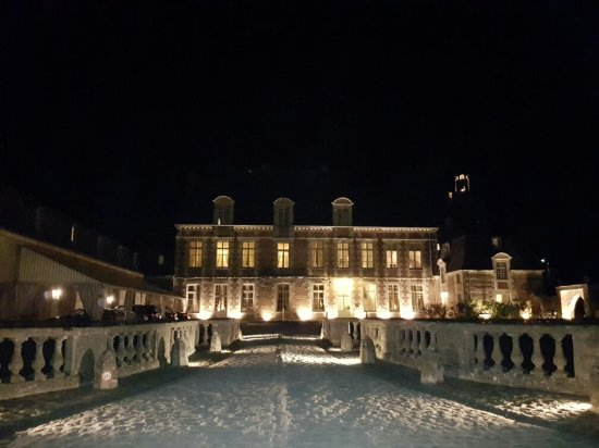 Etoges, Francia: 20160923_214749_large.jpg